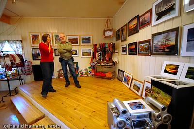 Efjorddagene på Skarstad mens det ennå var noe liv igjen i samfunnet. Fotograf Per Martin Jæger med sine bilder.