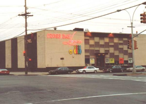 Cross Bay Lanes in Howard Beach.  In mid-1970's, housed league with Uncle John Zagorski, Johnny Boy, Joey and Vince.
