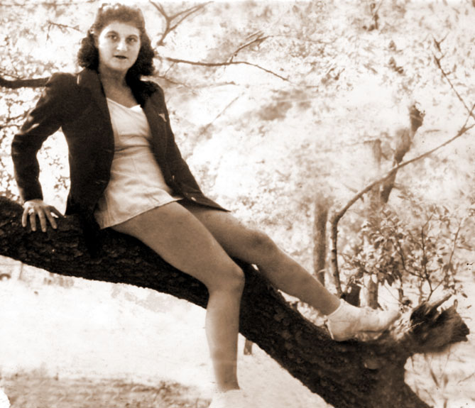 Cynthia Schwartz at around age 14.  Probably at Lake Ronkonkoma, NY.