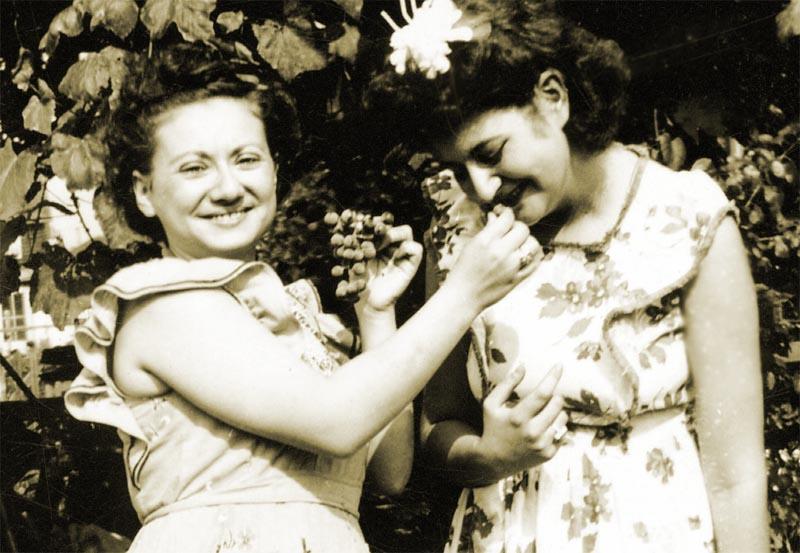 Bea Katz and Cynthia Schwartz