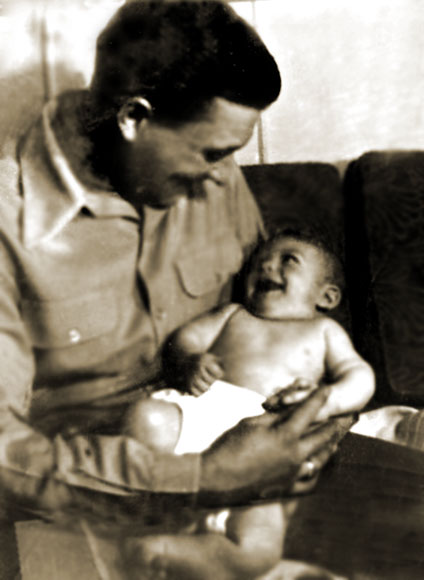 Lenny Schwartz holding Shelly