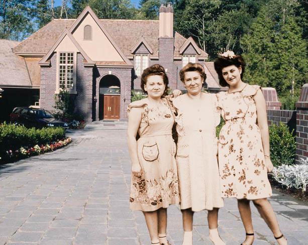 Bea Katz, Grandma Rose, Cynthia Schwartz