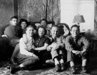In Grandma Rose's House:   Front:  Sol Schwartz, Bea Katz, Irving Shuster, Leo Newman (Irving and Leo were friends of Lenny)  On Couch:  Lenny and  Cynthia Schwartz, Grandma Rose, Sam Schwartz