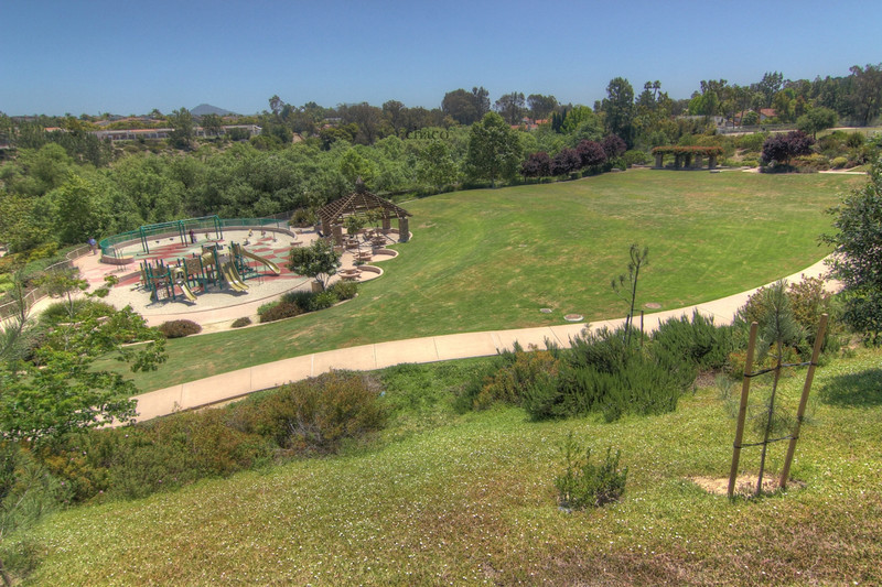 Sun Vista Park in Olivenhain a community in Encinitas Ca with dynamic playground