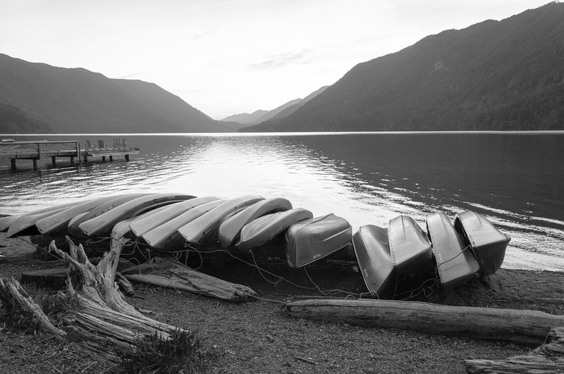Canoes Lake Crescent
