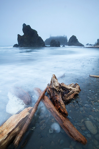 Driftwood in the waves on Ruby Beach.