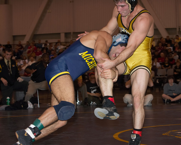165 lbs  Eric Tannenbaum (MICHIGAN) def Nick Marable (MISSOURI) _R3P4544