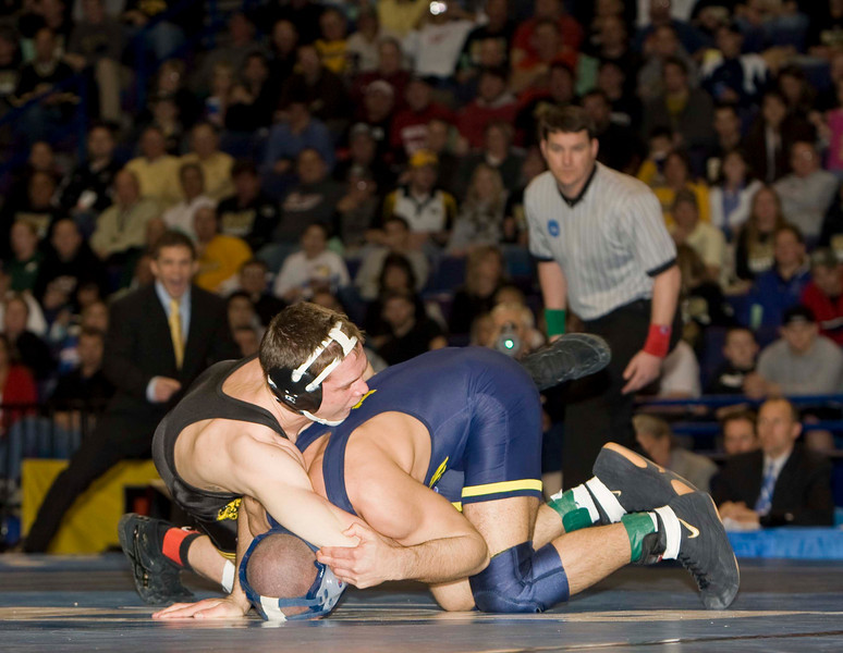 Perry (Iowa) def Tannenbaum (Michigan)_74I1654