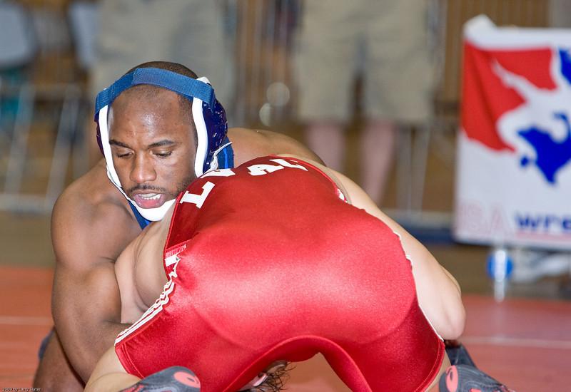 66kg Teyon Ware def  Cory Jantzen_R3P9155