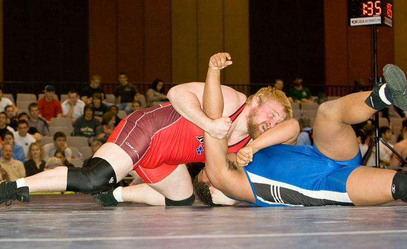 120 kg Steve Mocco def  Dominique Bradley_R3P1384-2
