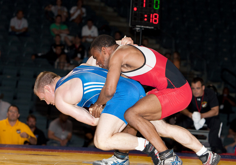 60kg Jeremiah Davis def  Nathan Piasecki_R3P9306