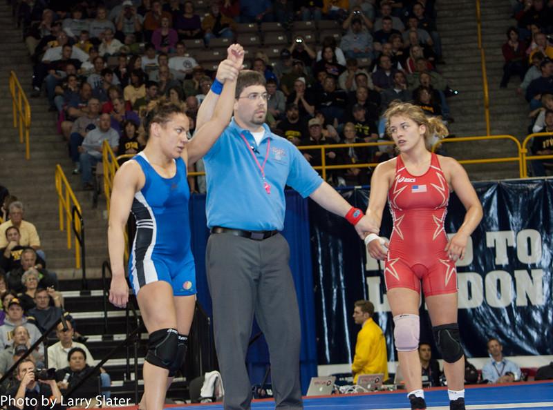 55kg Kelsey Campbell def  Helen Maroulis_R3P2771