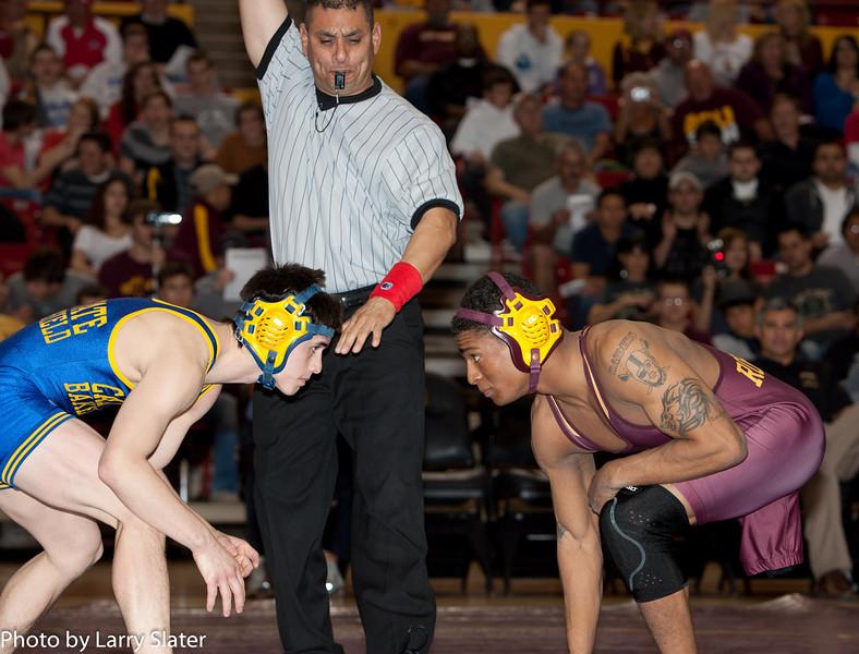 125 Anthony Robles v  Tyler Iwamura_R3P0439