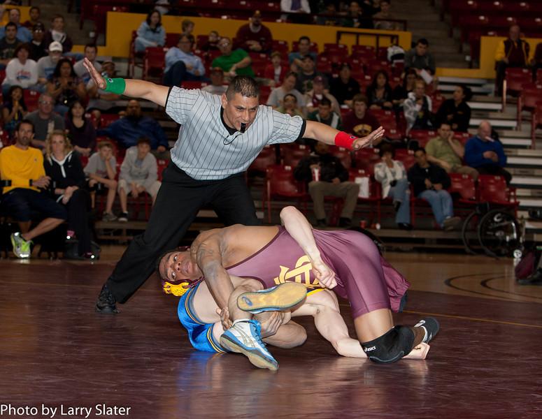 125 Anthony Robles v  Tyler Iwamura_R3P0442