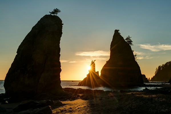 Sunset on Split Rock at Rialto Beach