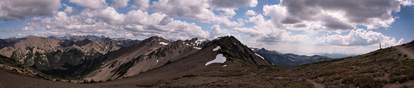 Panorama along the Grand Valley trail in Olympic National Park