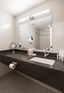 Premier King Flat Bathroom