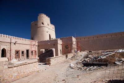 Zamek w Surze - w renowacji
