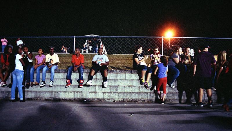 Portra 400 at ISO 1600 - Nikon FM - VHS Football