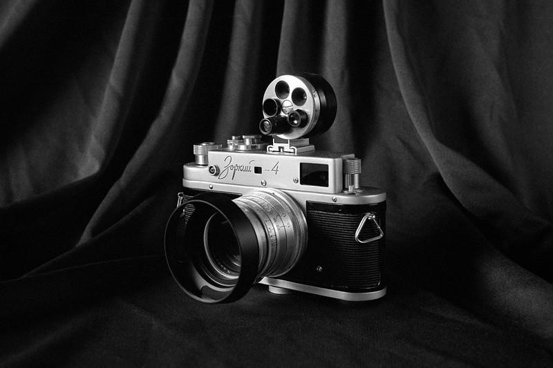 Zorki-4 on Tri-X 400 - Taken w/ Nikon F2SB