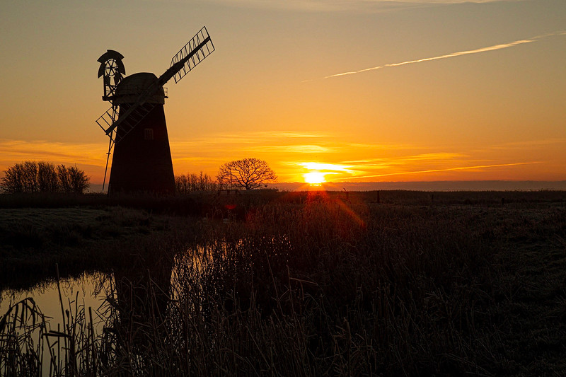 Mutton's Mill in the sunrise (December 2018)