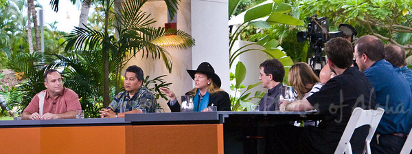 Panel Discussion Participants on Friday, April 4  Eliot Assimakopoulos, GE  Ramsay Taum, Native Hawai'ian Culture & Sustainability, University of Hawai'i, Co-Founder of Sustain Hawai'i  L. Hunter Lovins, Natural Capitalism, Inc.  Andy Revkin New York Times  Dr. Heidi Cullen, Scientist, The Weather Channel  R. James Woolsey, Vantabe Point Venture Partners, former CIA  Elizabeth K. Lindsey, Explorer, National Geographic Society  Dr. Stephen Schneider, Stanford University, IPCC  Jeffrey Izzo, U.S. Department of State  Gal Luft, Institue for Analysis of Global Security