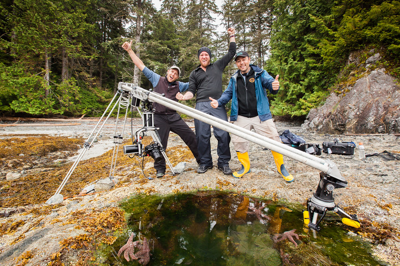 In tomorrow's episode of Blue Planet II 'Coasts' - you'll see some coastal timelapses - filmed around Vancouver Island by myself and @danbeecham.  The most ambitious of which required this bespoke, and very heavy, piece of motion-controlled kit. It was designed to shoot underwater timelapse at the bottom of the sea and we named her 'Maggie' - the Iron Lady!Maggie helped us to capture the ebs and flows of rock-pool life. It took us weeks, and many attempts to get the tides, the weather and the sun all perfect. #BluePlanetII #Timelapse #Underwater #Coast #BBCEarth #EarthOnLocation #Filming