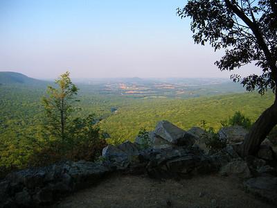 0140 From Hawk Mountain Overlook