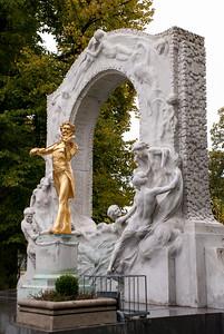 Johann Strauss Statue - Stadtpark