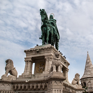 Statue of Stephen I at Fisherman's Bastion