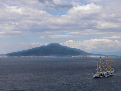 Mount Vesuvius from Grand Hotel Excelsior Vittoria