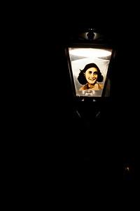 Anne Frank Lamp