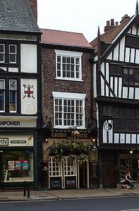 The Golden Fleece Pub