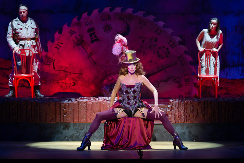 """Nicola Beller Carbone (Soprano) sings Der Trommler,  Natalia Labourdette (soprano) sings Bubikopf and Vicente Ombuena (Tenor) sings Ein Soldat in the opera """"Der Kaiser von Atlantis"""" (Viktor Ullmann, 1943). Teatro de la Maestranza, Seville."""