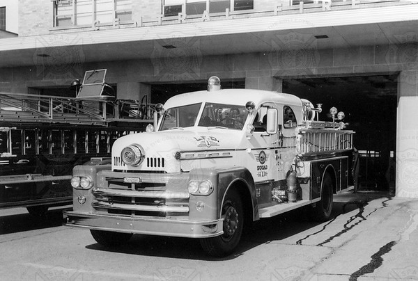 Seagrave 1961 70th Squad w HP pump (Barber collection)