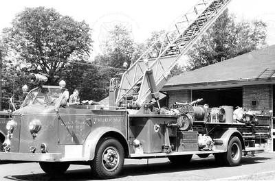 American-LaFrance 1951 7-75-AEO Millburn NJ No 9229