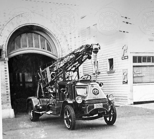 Mack 1926 AC Gorter Water Tower, San Francisco, CA