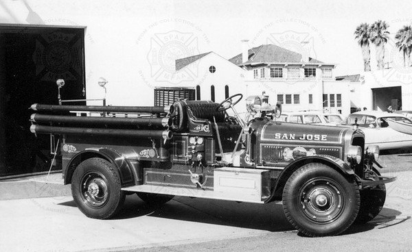 Seagrave 1926  Model 6WT No 64119 750-80 (Sorensen collection)