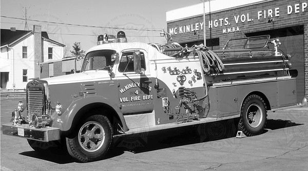 American Fire Apparatus 1958 International McKinley Heights OH E4  750-750