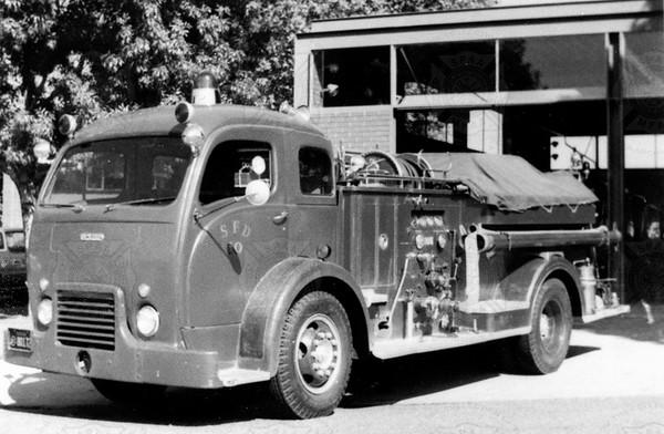 Van-Pelt 1951  White 600-400 E10 Sacramento, CA (Wayne Sorensen collection)