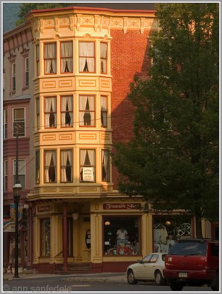 Treasure Shop Building