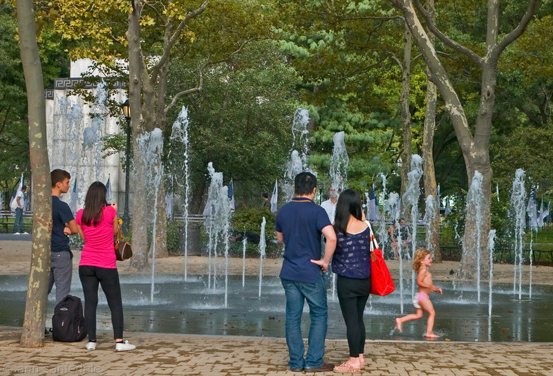 Tourists at Fountain in Battery Park
