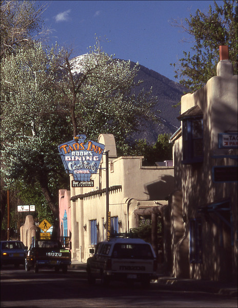 The famous Taos Inn.. Just an information shot - used to hang out there in '56