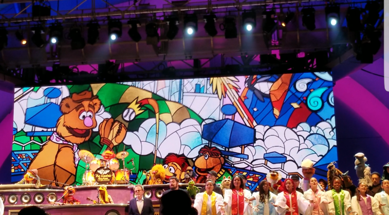 WATCH: An amazing night when MUPPETS TAKE THE BOWL