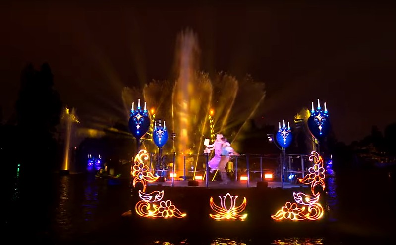 WATCH: New Fantasmic! highlight clip debuts ahead of first guest preview tonight!