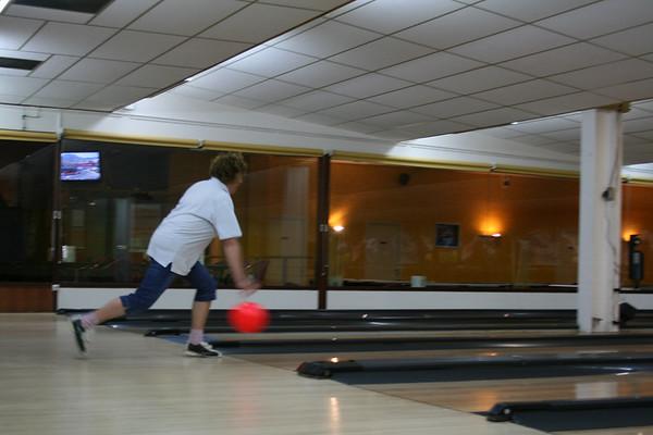 Geraldine throws