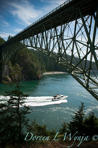 Deception Pass boating under the bridge_049