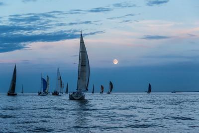 Sailing toward the Moon