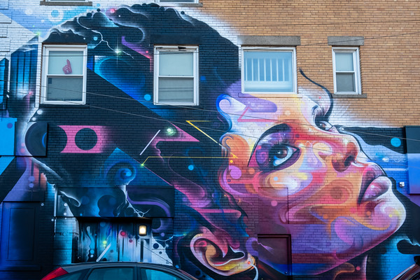 mural: The Queen of the Block, by Mr Cenz
