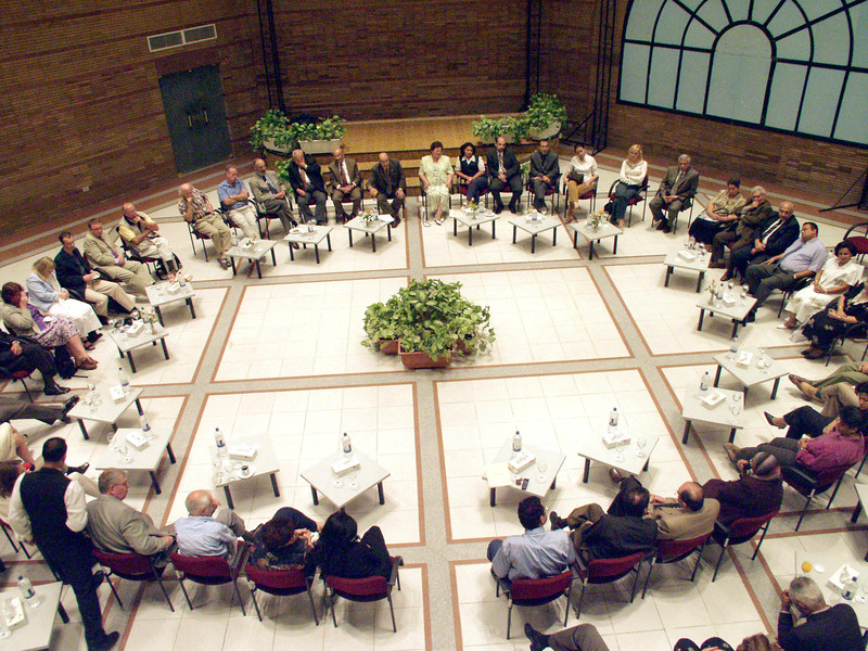 (Oct. 2003 Cairo, Egypt) -- Member from all over the world meet at CEOSS headquarters to discuse the future of the orginaztion.<br /> Photo: Michael Rieger